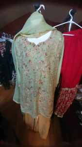 Latest, trendy Pakistani & Indian clothes & jewelry for Women