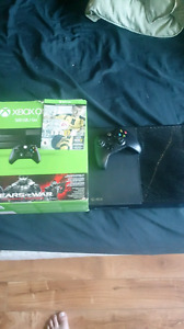 500 gigabyte Xbox 1 with 3 games and a controller
