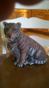 $20. for this Large Tiger with her Cub (Ceramic Piece) Windsor Region Ontario image 1