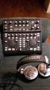 Behringer BCD3000 Deejay Controller and headphones