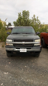 04 Chevy Silverado needs work or for parts