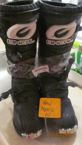 New O'Neill men's rider boots, size 10