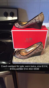 Coach wedges, worn twice/Souliers Coach, portés 2 fois