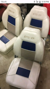 Wanted smokercraft boat seats or similar in beige and blue