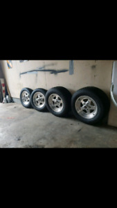Pro stars welds 5x4.75 chevy  looking to sell $650