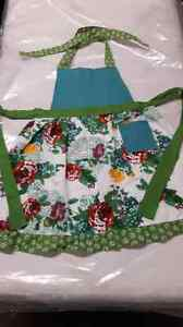 New - pioneer woman kitchen apron