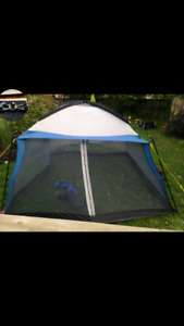 Camping kitchen shelter