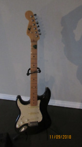 Left handed Electric Raven Guitar with Amplifier
