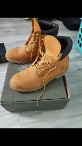 Timberland boots size 8 womens/6 mens