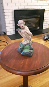 Gollum statue (Lord of the Rings)