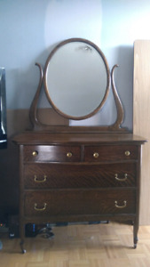 Beautiful Antique Bedroom Furniture for Sale
