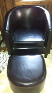 Black Tub Chair and Ottoman
