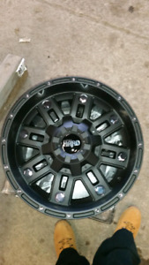 Chevy/Gmc Rims w/ tires