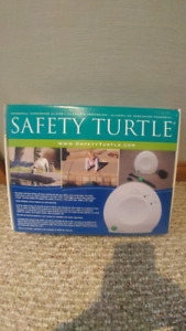 Safety Turtle personal pool alarm