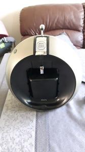 Machine à café Krups Dolce Gusto Titanium KP 5009