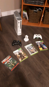 Xbox 360 With 5 games 2 Controllers and Controller Pack Charger