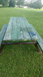 Picnic Table with Metal Fram