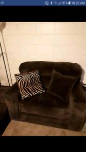 Love seat brown