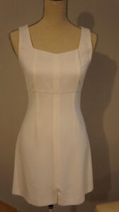 Robe blanche taille 3