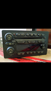 Stock 6 CD Changer Stereo from a 2005 Chevy Avalanche
