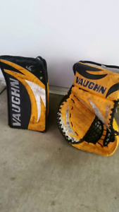 Vaughn Blocker and trapper Jr great condition