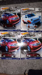 Hot Wheels Cargo Carriers Ford Transit Van and Honda Oddsey