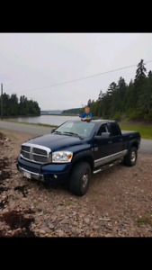 2007 dodge 2500 laramie trade only for Toyota Tacoma or Chev/GMC
