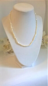 White Freshwater Pearl Jewelry Set