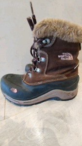 The North Face Girls Sz 4 Winter boots
