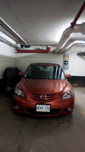 2004 Mazda 3 hatch! Low kms! Manual, Bluetooth, winter wheels!