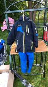 Biys size 4 snow suit Stratford Kitchener Area image 1