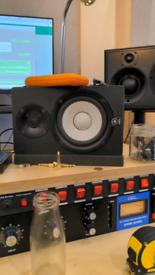 Yamaha HS50m Monitor Speakers With Sub Speaker