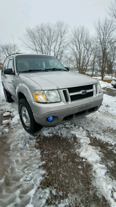Parting out: 2003 Ford Explorer 4x4