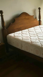 Very solid queen bed & Excellent mattress (delivery)