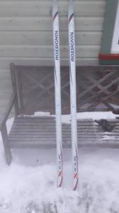 Ski de fond junior 170 Rossignol xtours prix à discuter.