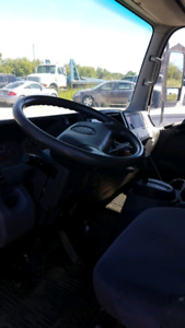 2008 GMC3500 CUBE VAN With power tailgate