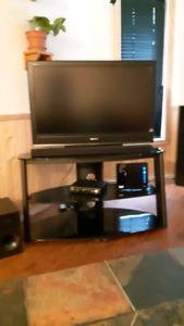 "Sony TV 42"" KDL-40S3000"
