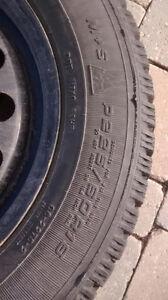 Winter Tire Set on Steel Rims P225 60R 16 Belleville Belleville Area image 4
