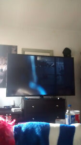 60 inch samsung led tv for a ps4 are Xbox and cash