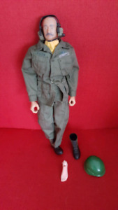 G i joe knock off 12in army figure and accessories