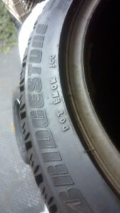 4x Bridgestone Blizzak 215/45R17 91H Winter/Hiver/Used/Usagee