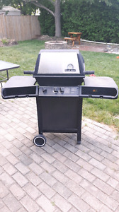 Broil King Dual Burner BBQ
