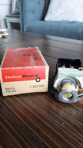 Headlight switch Brand new old stock still in original box.