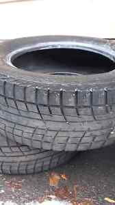 URGENT Yokohama 4 winter tires 225 60 16