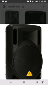 Powered Speaker with Stand.  Portable and Musician friendly.