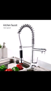 Beau robinet de cuisine style restaurant.***Neuf *** NEW***