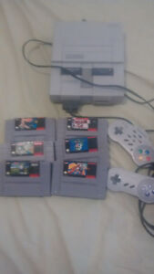 Super NES with Seven Games