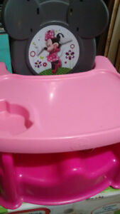 Minnie Mouse booster seat.