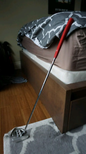 Scotty Cameron Futura Titleist putter - Right-handed