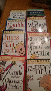 Charlie & the Chocolate Factory -8 book set